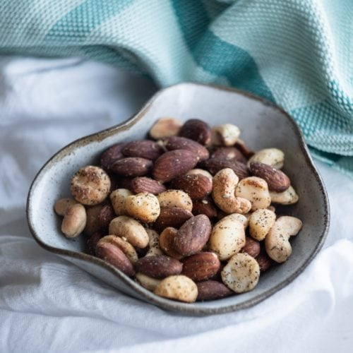 roasted zaatar nuts from the side