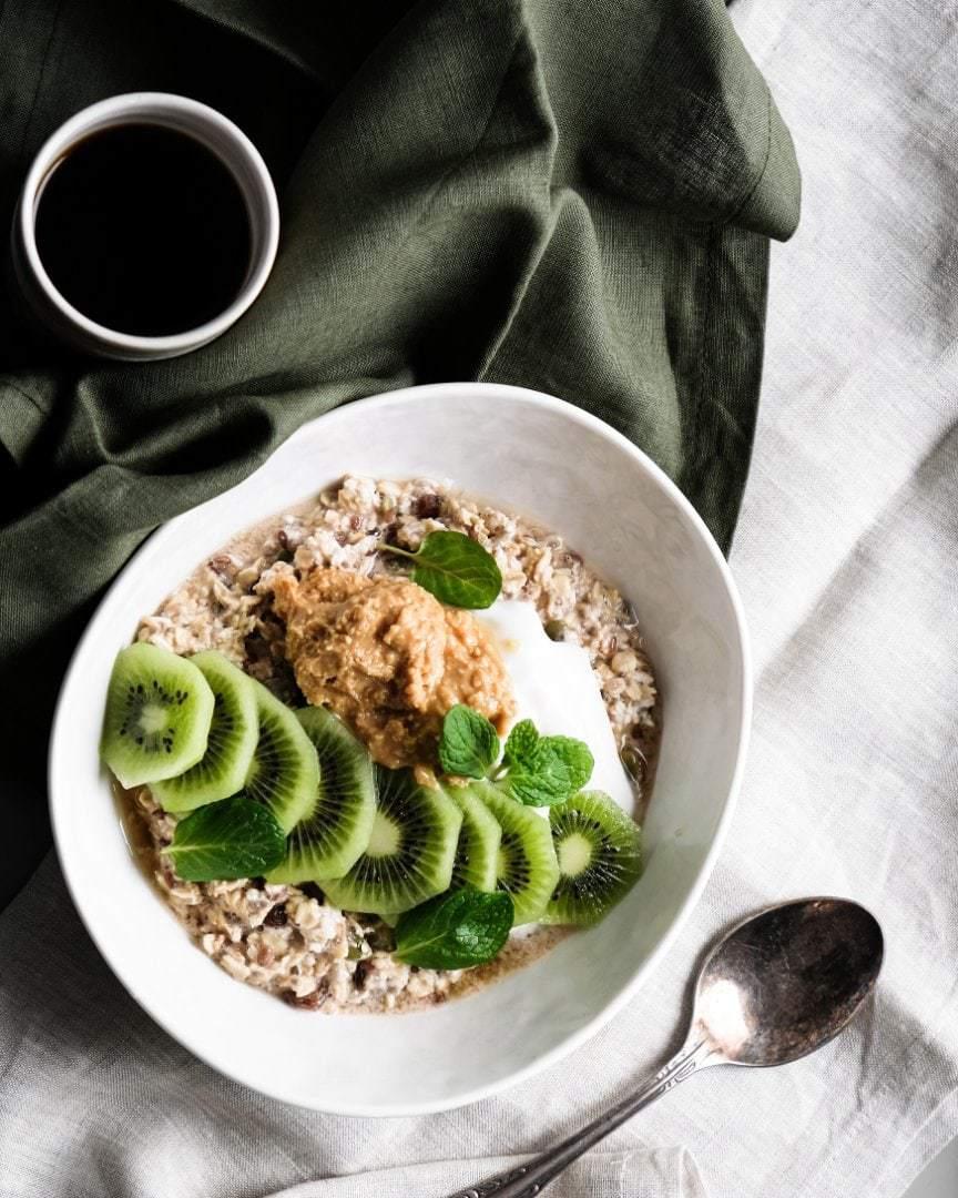 overnight oats kiwifruit